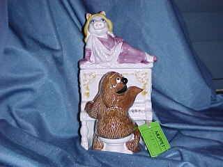 Miss Piggy on a Piano played by Rowlf - Product Image